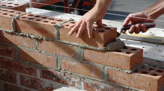Kőműves munka hosszú távra, London